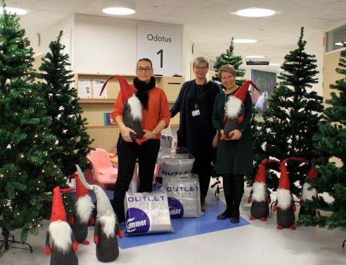 WE DONATED CHRISTMAS TREES TO ALL THE WARDS AT THE TAYS CHILDREN AND ADOLESCENT HOSPITAL