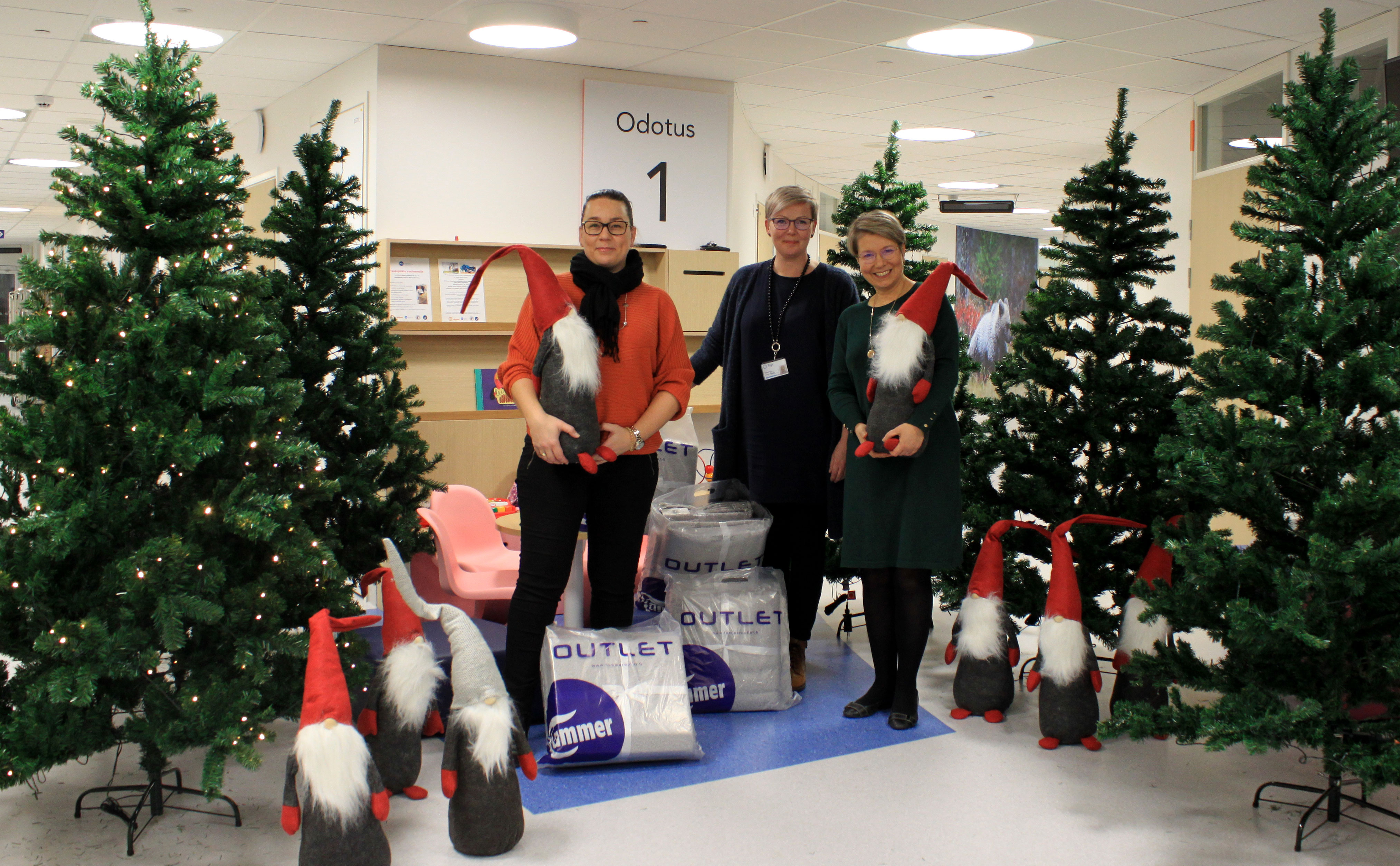 We Donated Christmas Trees To All The Wards At The Tays